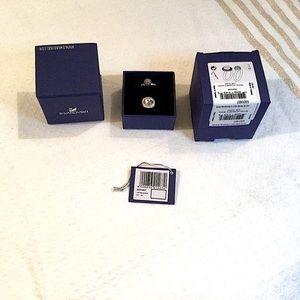 BNIB Swarovski Hote ring set crystal sz7